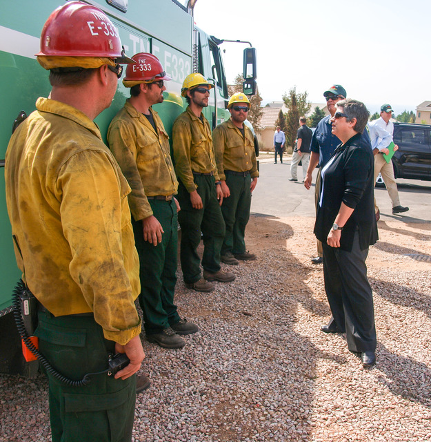 Wildfire - Colorado Springs, Colo. , July 3, 2012 -- DHS Secretary Napolitano thanks fire crew from North California National Forest working on the Waldo Canyon Fire.  Photo: Michael Rieger/FEMA