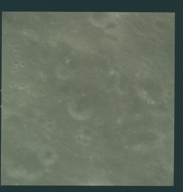 AS08-14-2440 - Apollo 8 - Apollo 8 Mission image, Moon, farside