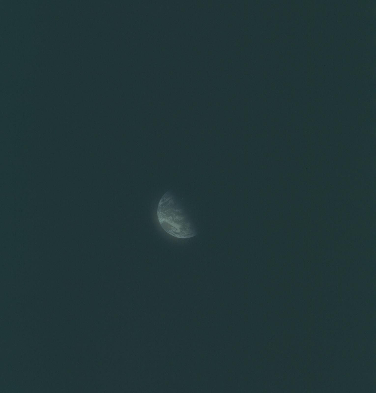 AS08-16-2644 - Apollo 8