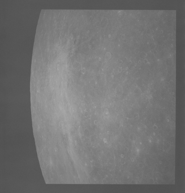 AS08-18-2854 - Apollo 8 - Apollo 8 Mission image, Moon, East of Mare Smythii