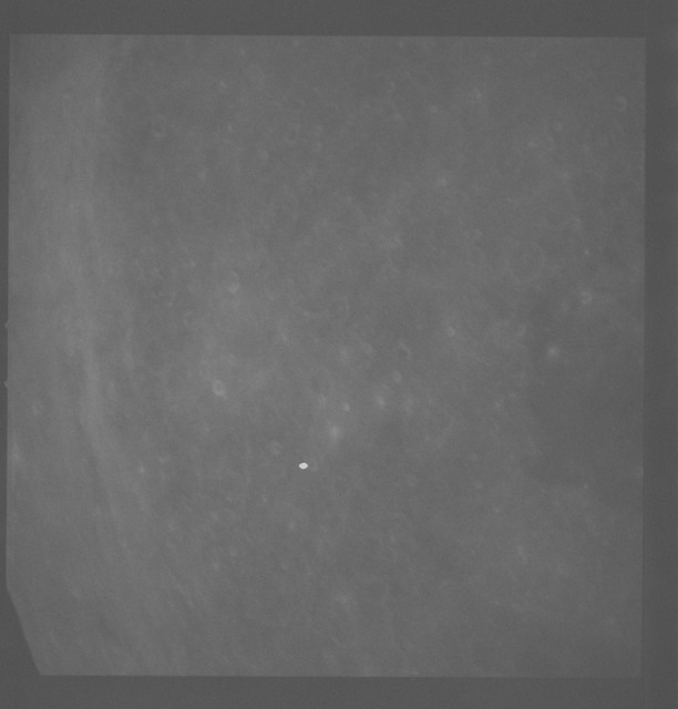 AS08-18-2855 - Apollo 8 - Apollo 8 Mission image, Moon, East of Mare Smythii