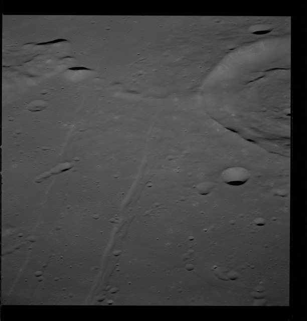 AS10-31-4628 - Apollo 10 - Apollo 10 Mission image - Crater Sabine