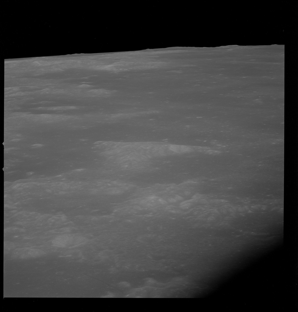AS10-32-4697 - Apollo 10 - Apollo 10 Mission image - Near Target of Opportunity 78a, Crater Lubbock S