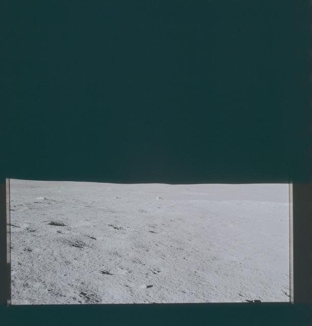 AS14-66-9291 - Apollo 14 - Apollo 14 Mission image - View of the Lunar Surface towards the southwestern Horizon.