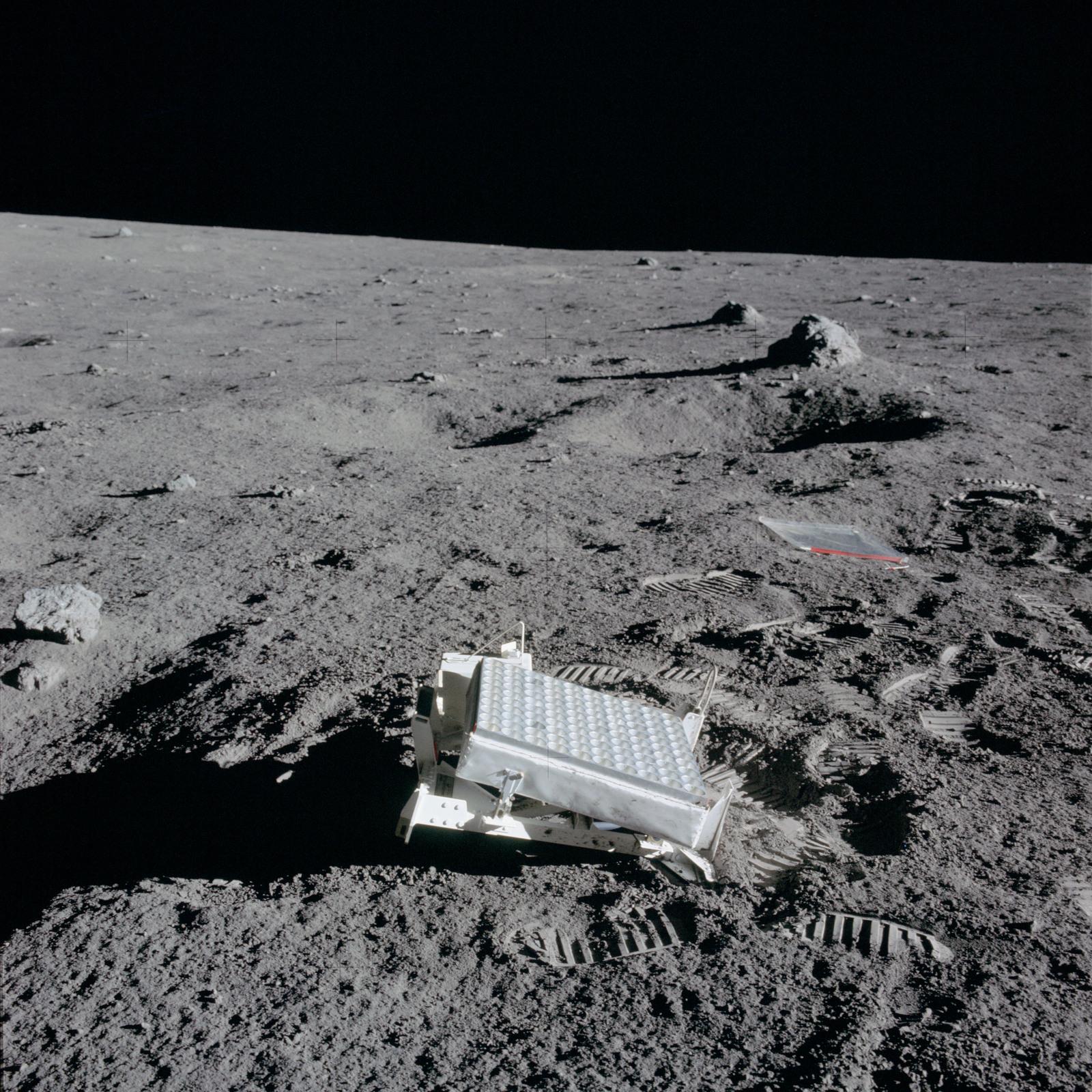 apollo 14 mission - HD1600×1600