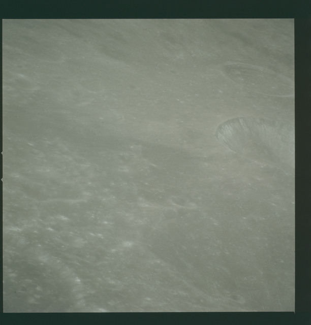 AS14-72-10016 - Apollo 14 - Apollo 14 Mission image - View of the Mare Smythii area to the northwest from the northwest edge of the Hirayama Crater.
