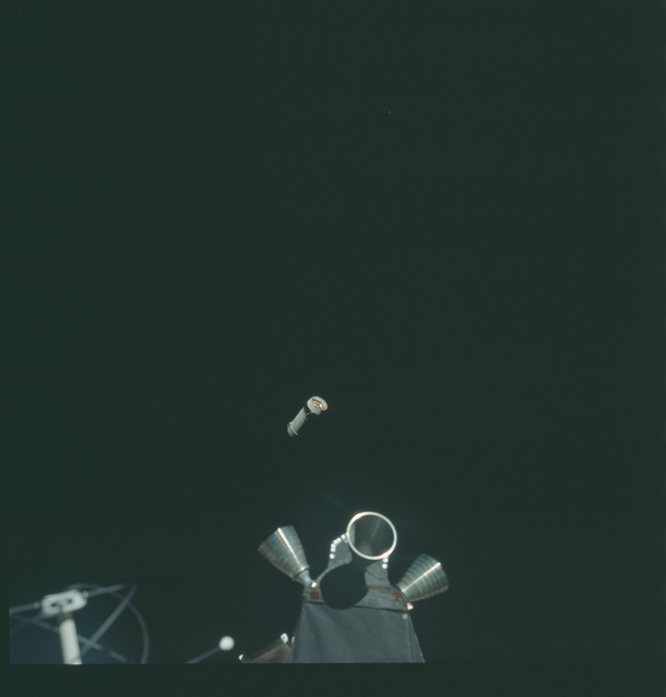 AS14-72-9926 - Apollo 14 - Apollo 14 Mission image - View of the Lunar Module(LM) Thrusters.