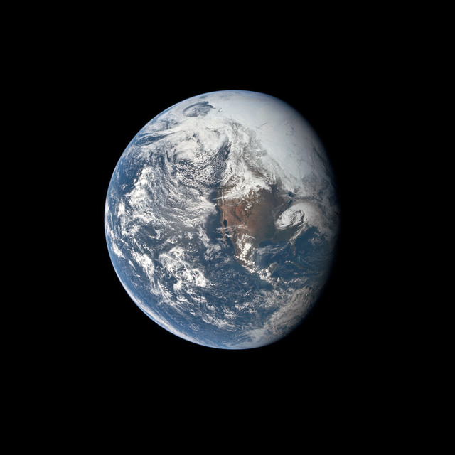 AS16-118-18885 - Apollo 16 - Apollo 16 Mission image - A good view of the Earth photographed about one and one-half hours after trans-lunar injection on April 16, 1972.