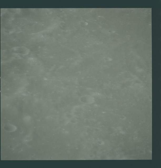 AS16-119-19042 - Apollo 16 - Apollo 16 Mission image - View of the Parrot A Crater.