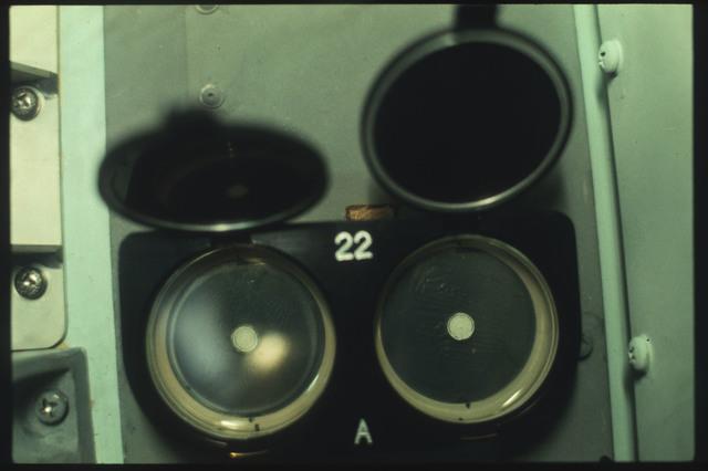 AST-03-150 - Apollo Soyuz Test Project - Apollo Soyuz Test Project, Zone Forming Fungi Experiment (MA-147)