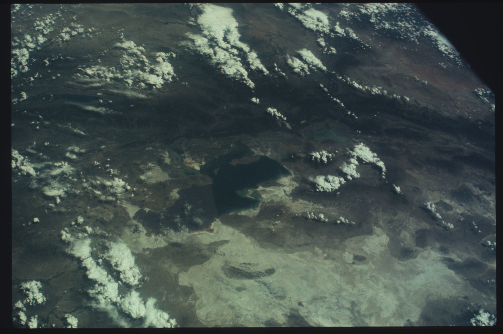 AST-07-405 - Apollo Soyuz Test Project - Apollo Soyuz Test Project, Earth view over Utah, Great Salt Lake and Desert, Wasatch Mountains