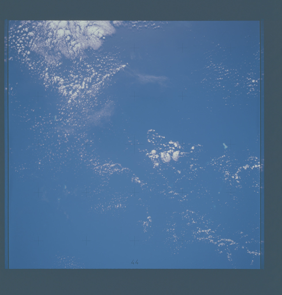 AST-16-1157 - Apollo Soyuz Test Project - Apollo Soyuz Test Project, Coral Sea, Tregosse Islets, Diamond Islets