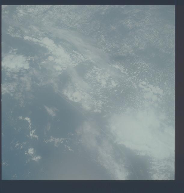 AST-21-1692 - Apollo Soyuz Test Project - Apollo Soyuz Test Project, Mississippi, Alabama, Florida Coastline, Pensacola
