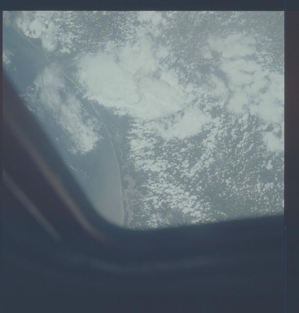 AST-21-1693 - Apollo Soyuz Test Project - Apollo Soyuz Test Project, Florida, Alabama, Coastline, Clouds, Pensacola