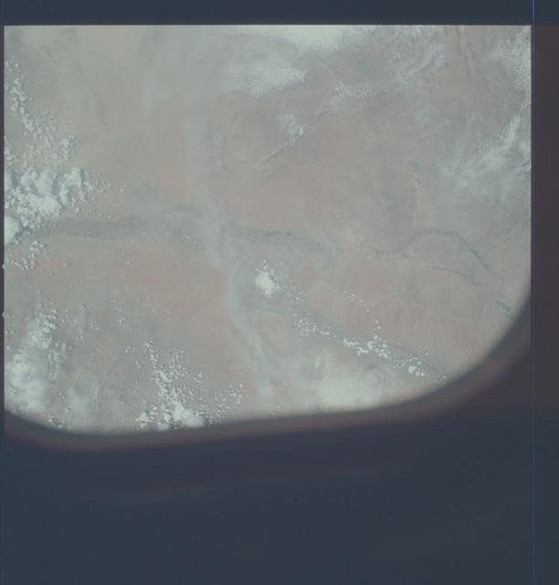 AST-21-1719 - Apollo Soyuz Test Project - Apollo Soyuz Test Project, Texas, New Mexico, Chihuahua, El Paso, Juarz, Rio Grande, Overexposed