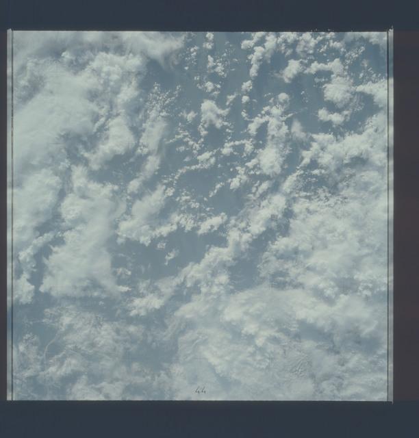 AST-22-1770 - Apollo Soyuz Test Project - Apollo Soyuz Test Project, New Zealand (South Island), Tasman Bay, Clouds