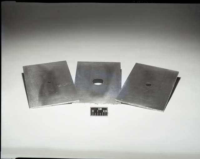 3 ORIFICE PLATES AND 1 MICRO STAND - COMPLETE TEST RIG