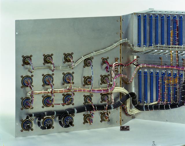 30 CM CENTIMETER CONSOLE CONTROL PRINTED CIRCUIT BOARD RACK