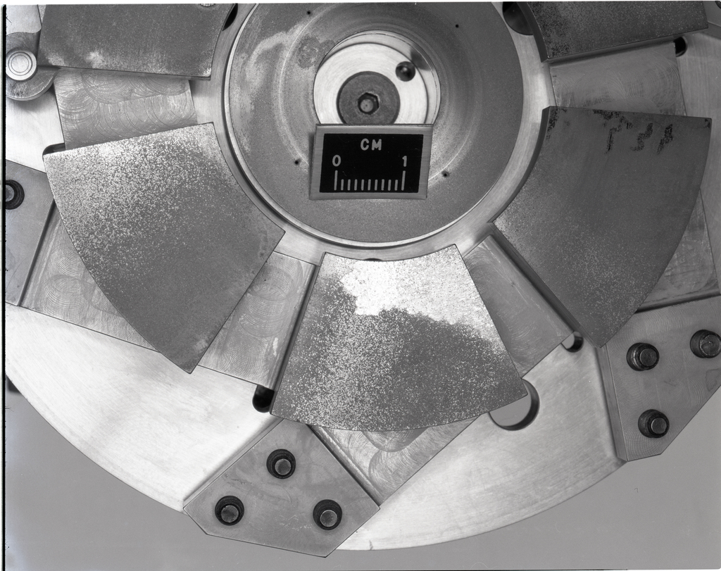 AIR THRUST BEARING AFTER TEST - CANTILEVER MOUNTED PADS