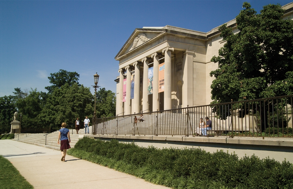 Baltimore's Historic Charles Street - Walking Toward Baltimore Museum of Art in the Summer