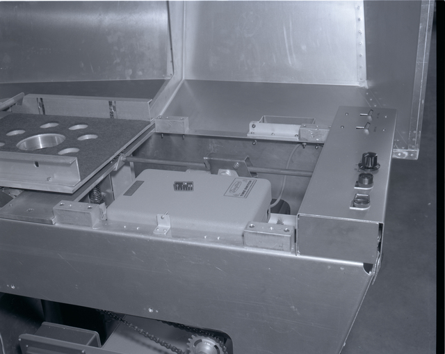 ENVIRONMENTAL EQUIPMENT AND INSTRUMENTS IN THE ENERGY CONVERSION LABORATORY ECL