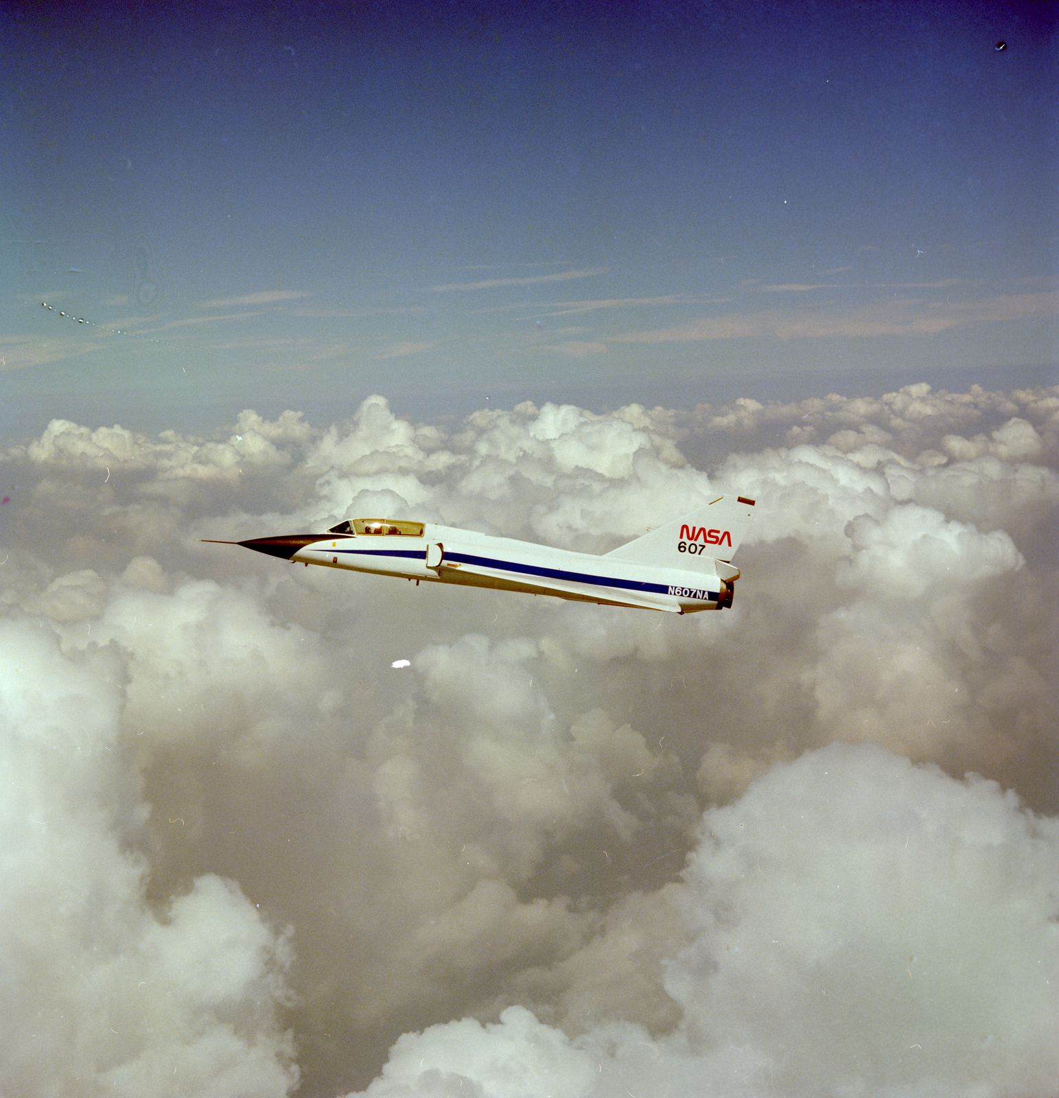 F-106 AIRPLANE