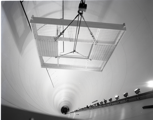 FABRICATION AND INSTALLATION OF PLATFORM IN ZERO GRAVITY FACILITY