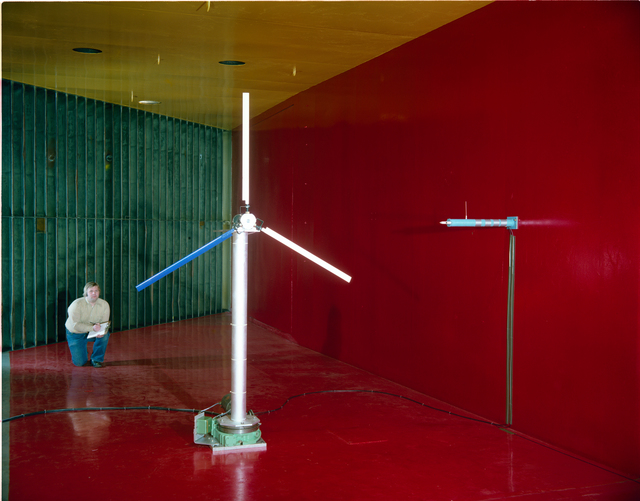 FIXED PITCH WIND TURBINE