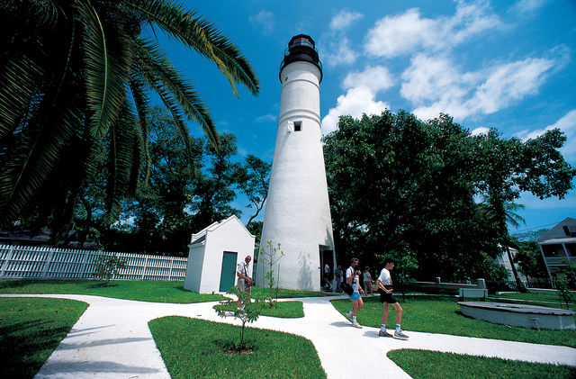 Florida Keys Scenic Highway - The 1847 Key West Lighthouse Museum and Keeper's Quarters