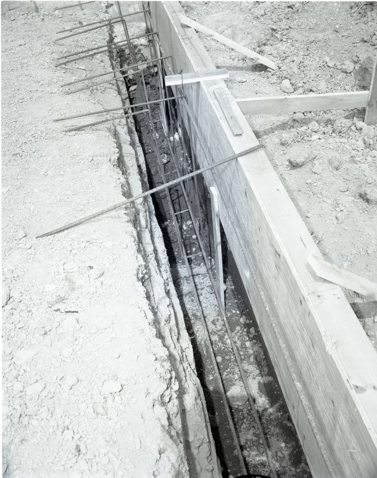 FOUNDATION - FOOTER FORMS - REBAR LAYOUT PRIOR TO CONCRETE POUR ON NEW STORAGE BUILDING