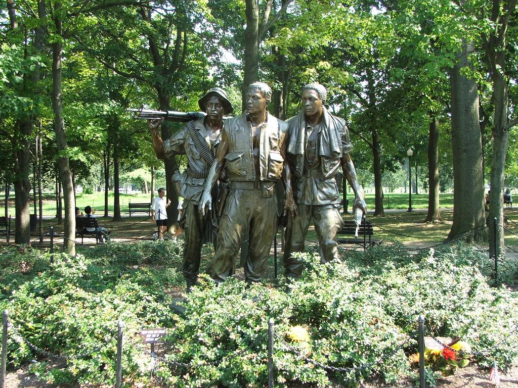 George Washington Memorial Parkway - Part of the Vietnam Memorial