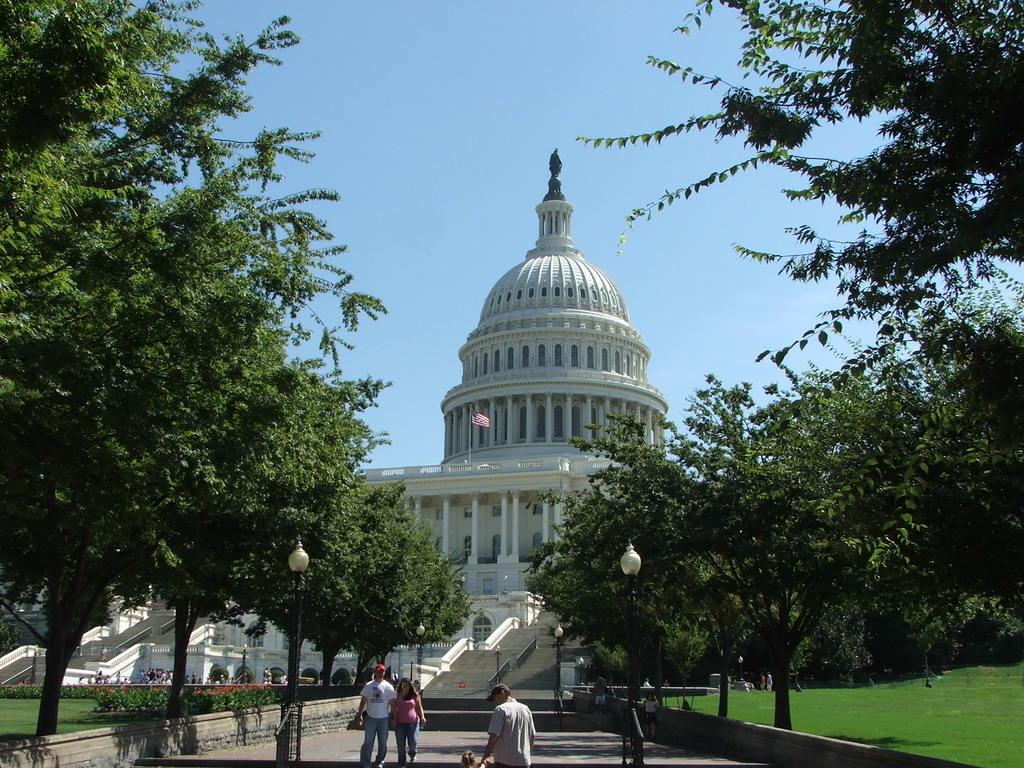 George Washington Memorial Parkway - U.S. Capitol Building