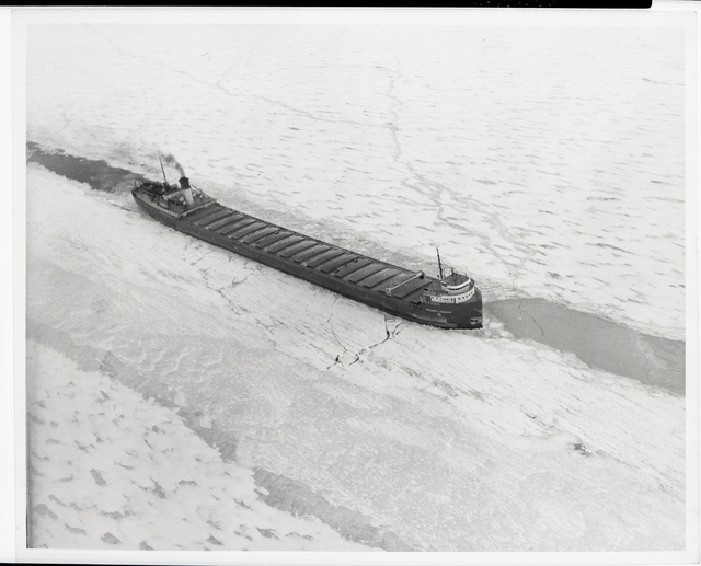 GREAT LAKES ICING PROGRAM - STR BEN FAIRLESS - STUCK IN ICE OFF WINTER POINT