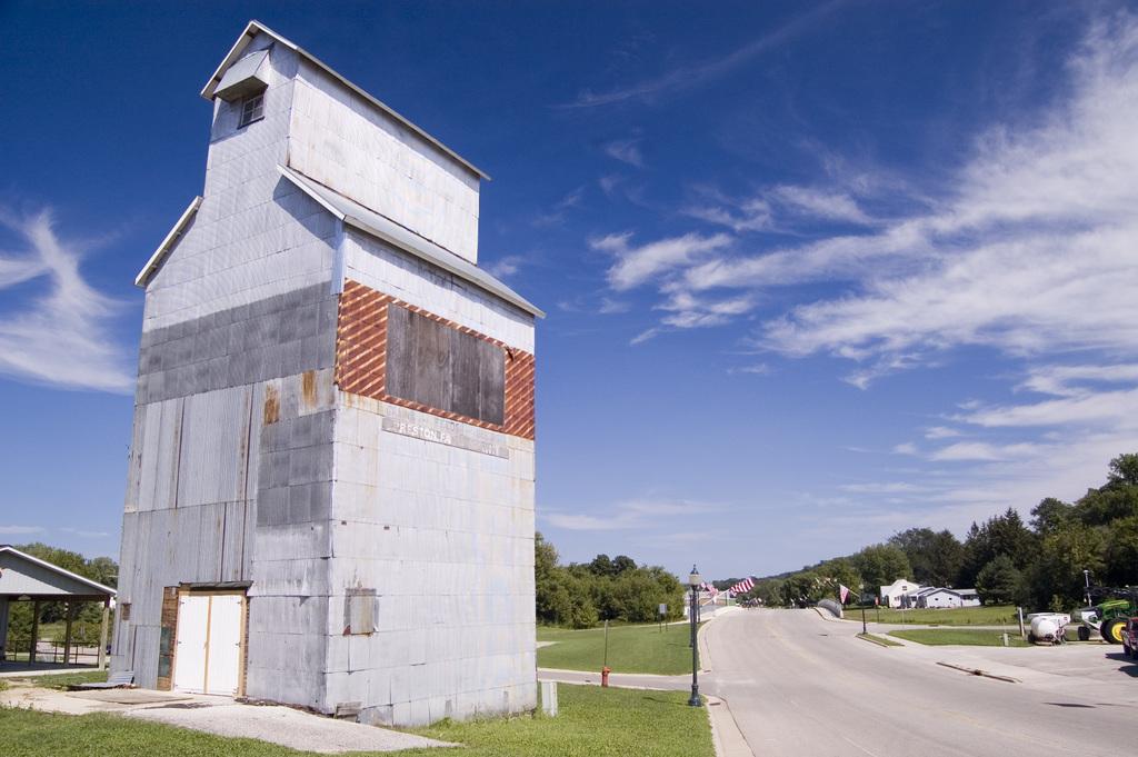 Historic Bluff Country Scenic Byway - Preston Grain Elevator