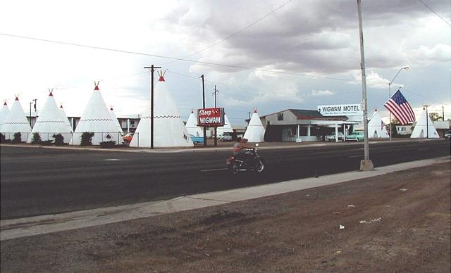 Historic Route 66 - Retro Along the Route