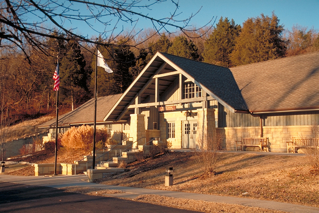 Meeting of the Great Rivers Scenic Route - Rustic Lodge at Columbine River State Park