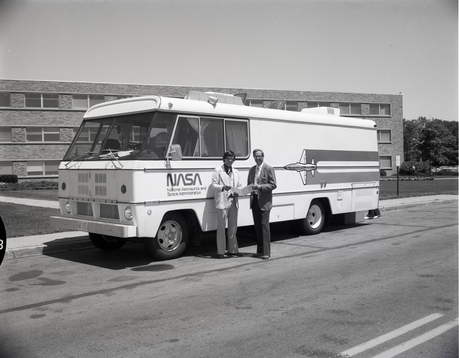 NASA VAN VISITING NASA LEWIS RESEARCH CENTER