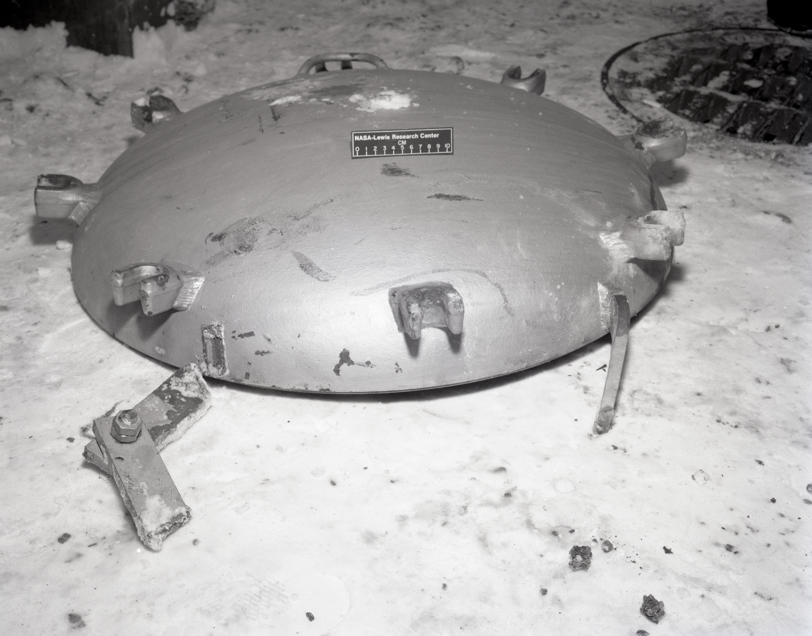 NO. 1 DESI TANK HATCH ACCIDENT