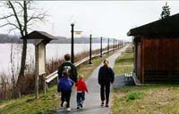 Ohio River Scenic Byway - Walking along the Ohio River on the River Trail