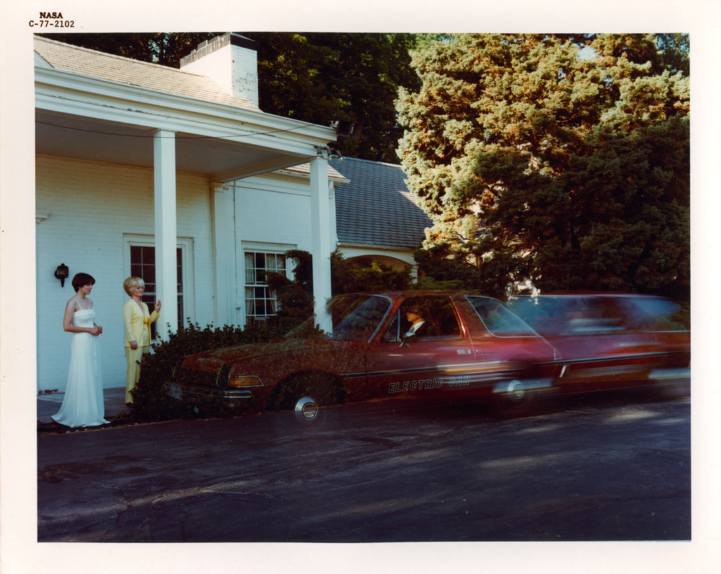 PACER ELECTRIC CAR WITH N FOUT - K PIERCE - J BOZEK