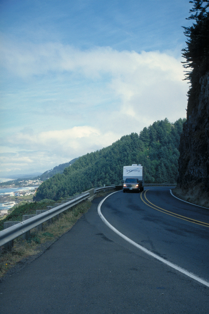Pacific Coast Scenic Byway - Oregon - Truck on the Pacific Coast Scenic Byway