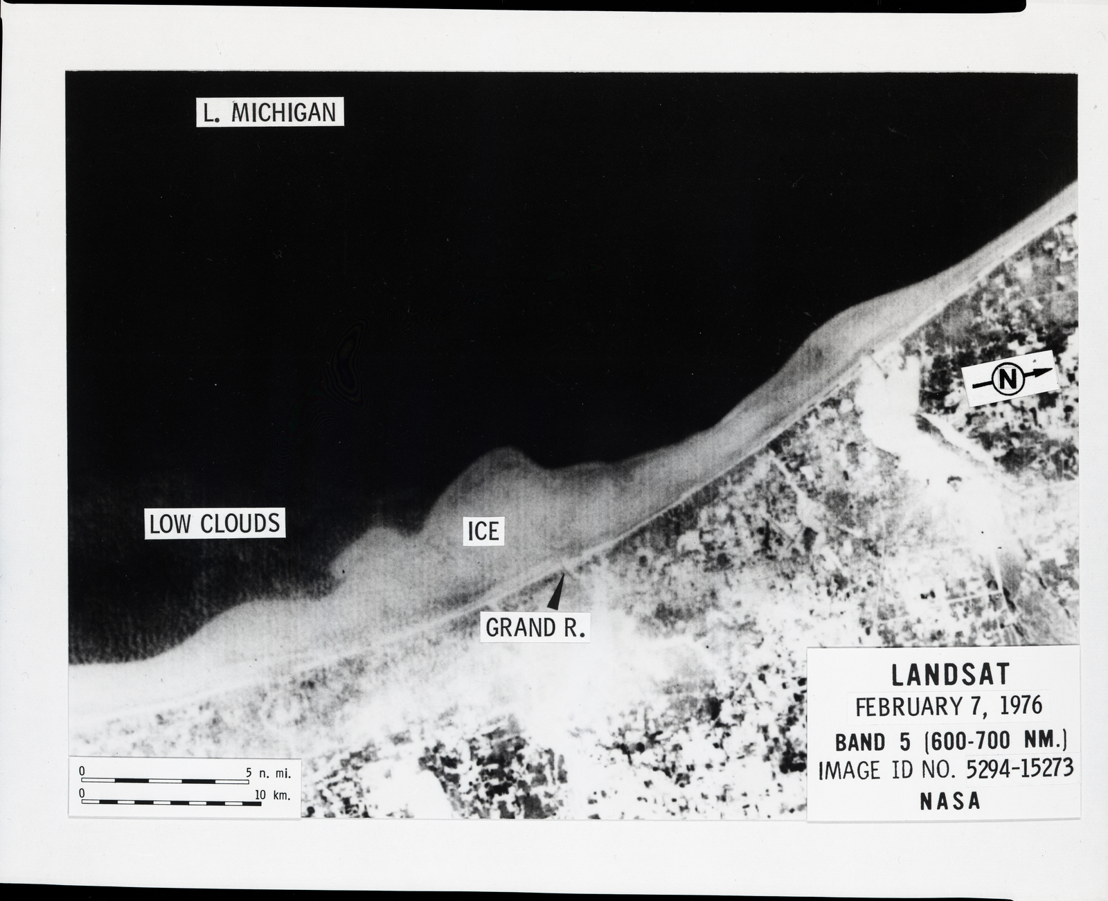 PLUARG POLLUTION FROM LAND USE ACTIVITIES REFERENCE GROUP 1976