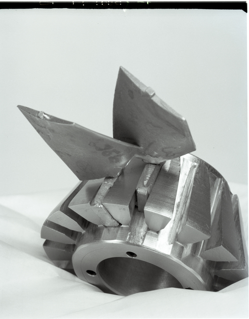 REVERSE PITCH SETTING ROTOR ASSEMBLY