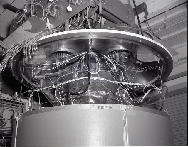 RIS TANK ASSEMBLY PRIOR TO INSTALLATION IN VACUUM CHAMBER AT THE ROCKET ENGINE TEST FACILITY RETF