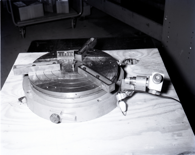 ROTARY TABLE IN INSPECTION TO SHOW RUST DAMAGE