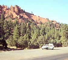 Scenic Byway 12 - Red Canyon Scenic Turnout and Thunder Mountain Trailhead