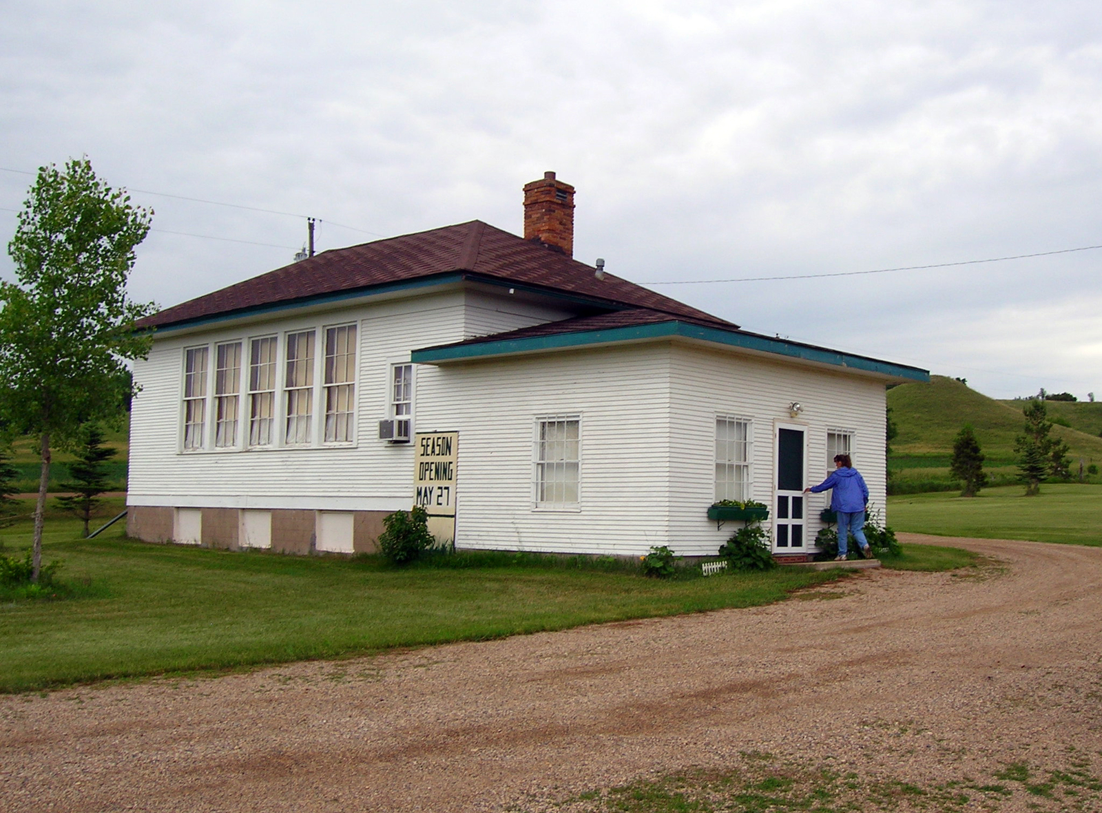 Sheyenne River Valley Scenic Byway - Visiting King School