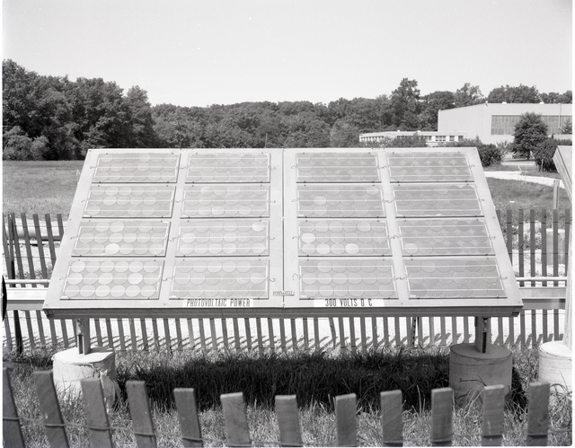 SOLAR CELL ARRAY SHOWING DELAMINATION