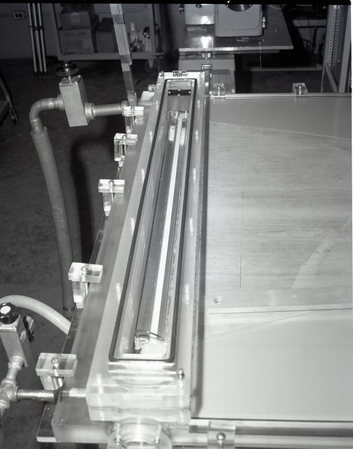 SPARK GAP AREA OF FAST DISCHARGE LASER T8 - DISCHARGE CHANNEL