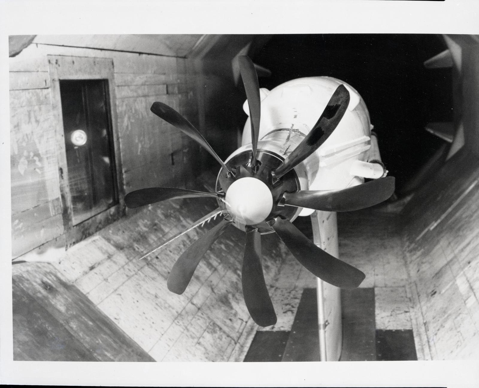 SR-1 Advanced Turboprop (Propfan) Propeller in Hamilton Standard Wind Tunnel